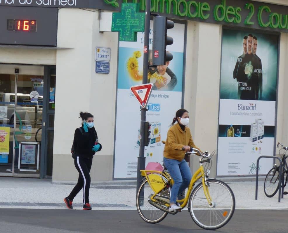 Éric Piolle. Grenoble bientôt déconfinée... et masquée ? © Florent Mathieu - Place Gre'net