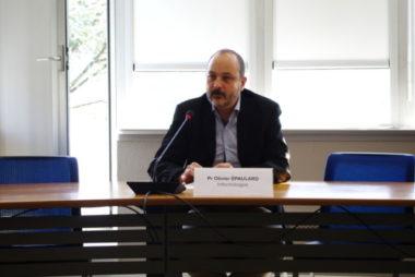 Le professeur Olivier Épaulard, infectiologue au CHU de Grenoble. © Anissa Duport-Levanti - Place Gre'net