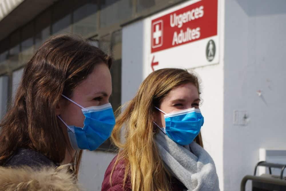 Le port du masque est obligatoire au CHU Grenoble Alpes © Anissa Duport-Levanti - Place Gre'net