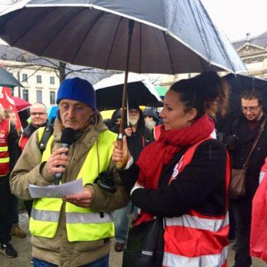 Maurice, représentant des Gilets Jaunes, lors du rassemblement Place de Verdun, lundi 2 mars 2020 © Ambre Croset