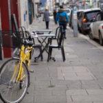 A Grenoble, les professionnels de santé sont incités à opter pour l'option vélo. La réservation des deux-roues leur est réservée, et facilitée.