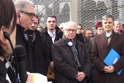 En Isère, des élus dénoncent l'aberration et l'incohérence du maintien de l'installation des nouveaux maires dans leurs fonctions. Et refusent de siéger.