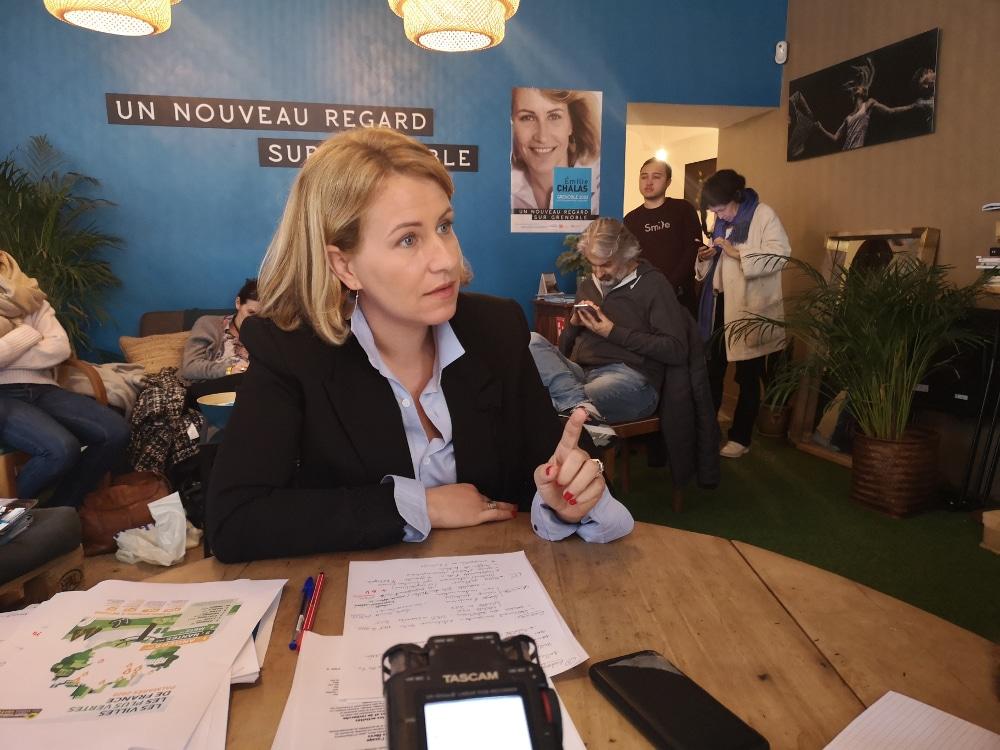 Émilie Chalas, impatiente de « reprendre les débats »... et tenter des alliances ? © Joël Kermabon - Place Gre'net