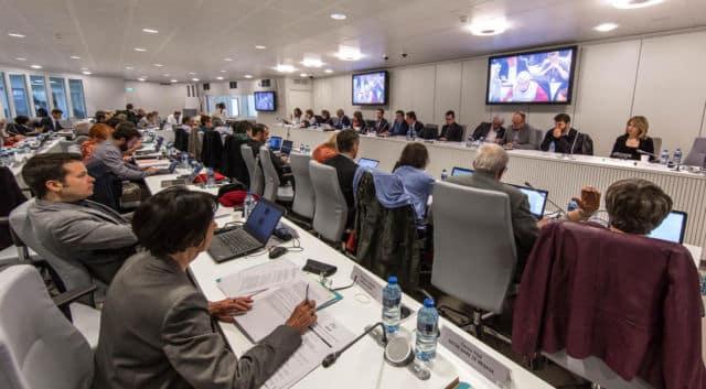 La Métro débloque 5 millions d'euros en soutien aux TPE. Le Conseil métropolitain, réuni en visioconférence, a débloqué cinq millions d'euros d'aide à l'économie locale, mercredi 29 avril 2020. © Grenoble Alpes Métropole