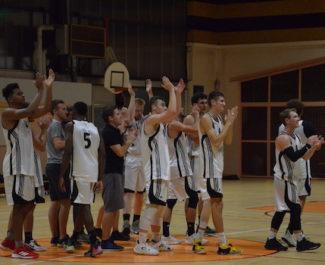 Privés de montées par la fédération française de basket, une trentaine d'associations et joueurs emmenés par le club d'Eybens-Poisat ont saisi le CNOSF.