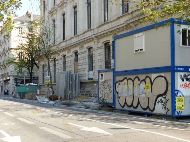 Un chantier à l'arrête sur Félix-Viallet à Grenoble © Florent Mathieu - Place Gre'net