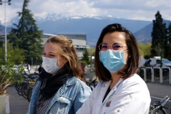 Covid-19: l'hydroxychloroquine testée au CHU de Grenoble. © Anissa Duport-Levanti - Place Gre'net