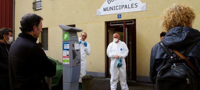 Les douches municipales de Grenoble sont un lieu d'hygiène pour les plus démunis depuis le XIXe siècle. © Anissa Duport-Levanti - Place Grenet