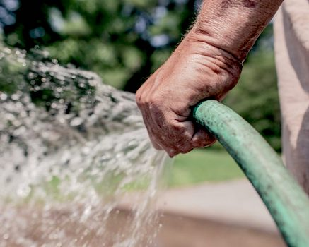 Le préfet lève partiellement l'arrêté sécheresse, les eaux souterraines restent en alerte renforcée