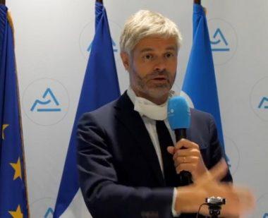 Accusé de favoritisme électoral au profit des communes de droite, Laurent Wauquiez renvoie la balle dans le camp des socialistes.