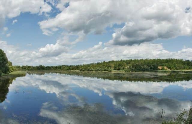 L'étang de Lemps © Conseil départemental de l'Isère - Isère Tourisme
