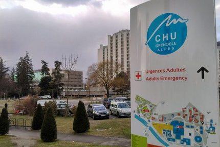 """Le CHU de Grenoble recrute """"en urgence"""" via une web-conférence et un salon en ligne"""