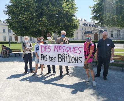 Plusieurs représentants d'organisations ont fait part de leurs craintes sur l'état d'urgence sanitaire. © Joël Kermabon - Place Gre'net