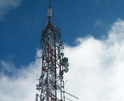 Des antennes-relais incendiées autour de Grenoble (photo d'illustration). DR