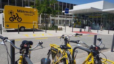 À partir de juin 2020, le vélo jaune du service public Métrovélo arrive dans la plupart les communes de la métropole grenobloise et du Grésivaudan. Digitalisation et territorialisation du service Métrovélo à partir de début juin 2020 © Séverine Cattiaux - Place Gre'net