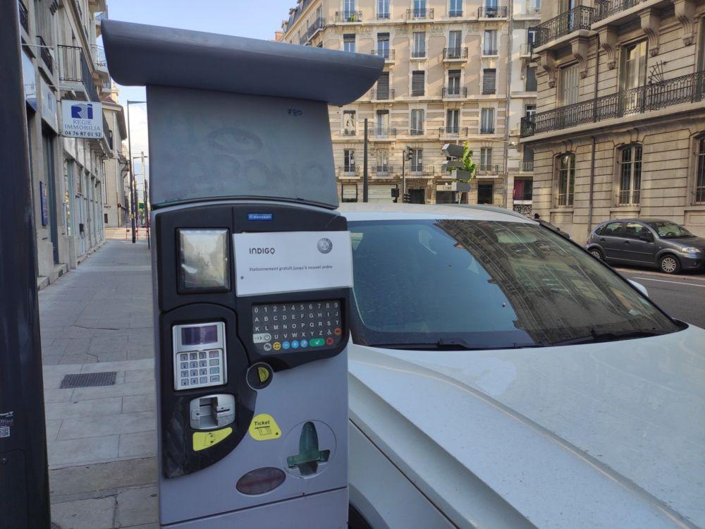 Fin de la gratuité du stationnement à compter du 11 mai © Florent Mathieu - Place Gre'net
