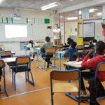 Écoles : le dispositif sport-santé-culture-civisme en rodage. Salle de classe pendant le déconfinement dans l'école Les Genêts juin 2020 © Séverine Cattiaux - Place Gre'net