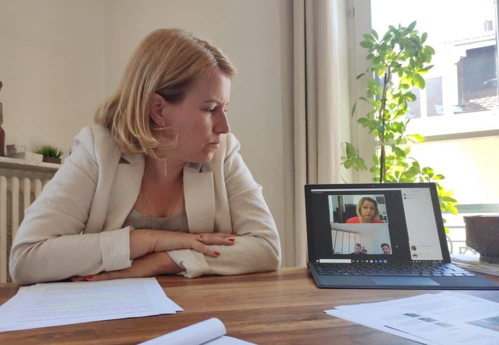 Émilie Chalas lors d'une conférence commune avec Barbara Pompili en 2020 © Florent Mathieu - Place Gre'net