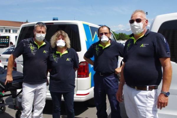Les ambulanciers privés sont considérés comme chauffeurs routiers, et n'auront droit à aucune aide. © Anissa Duport-Levanti - Place Gre'net