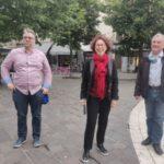 De gauche à droite, David Ryboloviecz, Président du mouvement, Sylvie Barnezet et Paul Bron. © Julien Morceli – Place Gre'net