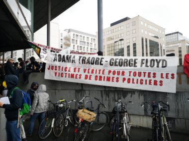 """Rassemblement contre les """"violences policières"""" ce mardi 9 juin à Grenoble. © Joël Kermabon - Place Gre'n'et"""