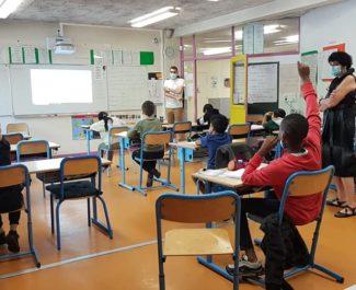 Salle de classe pendant le déconfinement dans l'école Les Genêts juin 2020 © Séverine Cattiaux - Place Gre'net