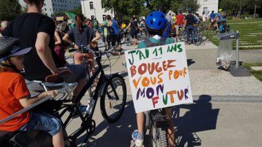 La vélorution contre la réintoxication du monde après la crise sanitaire de coronavirus, organisée par le collectif du 17 juin. © Séverine Cattiaux- Placegrenet.fr