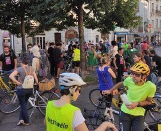 """Une """"vélorution"""" à Grenoble... sous forme de parade de victoire pour Grenoble en commun ?"""