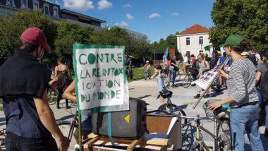 La vélorution contre la réintoxication du monde organisée par le collectif du 17 juin. © Séverine Cattiaux- Placegrenet.fr