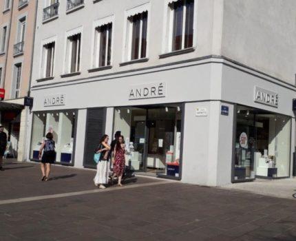 André Grenoble Place Grenette, DR