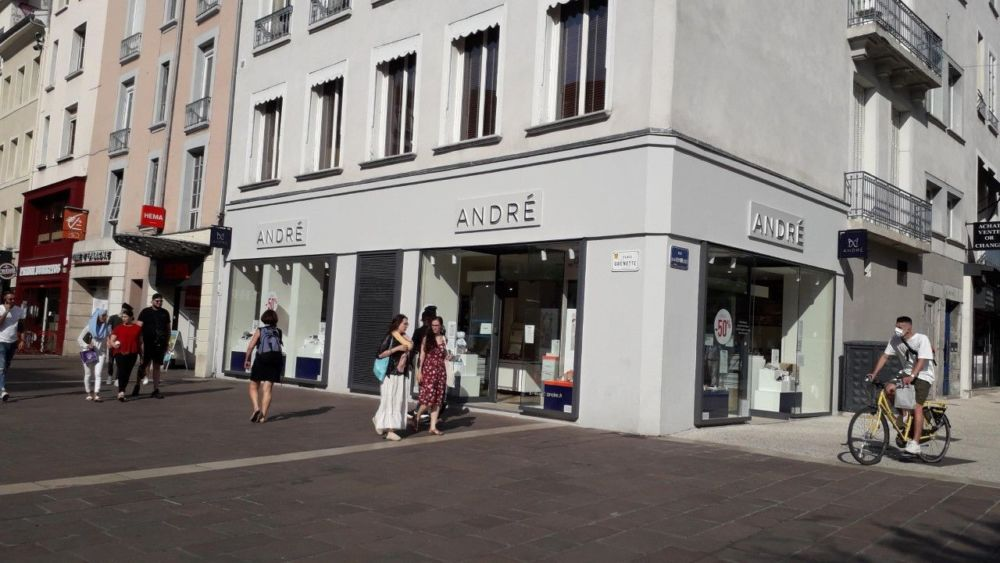 Le magasin André du centre-ville de Grenoble va fermer ses portes. DR