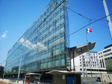 Le palais de justice de Grenoble. © Joël Kermabon - Place Gre'net