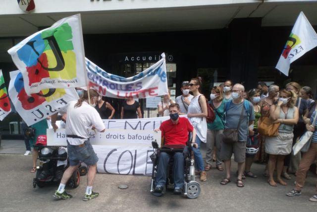 Des enseignants mobilisés pour leurs collègues handicapés