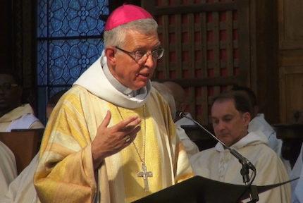 La révision des lois bioéthiques fait réagir l'église catholique. En Isère, l'évêque de Grenoble interpelle les parlementaires dans un courrier.