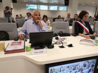 La gestion de Grenoble très critiquée en conseil municipal. Hakim Sabri, conseil municipal du 25 juillet 2020 © Joël Kermabon - Place Gre'net