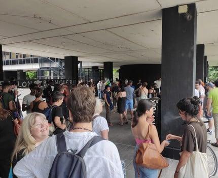 Jean-Michel Blanquer dans le viseur d'un rassemblement devant le rectorat de Grenoble mercredi 1er juillet