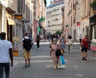 centre ville Rue Bonne masques