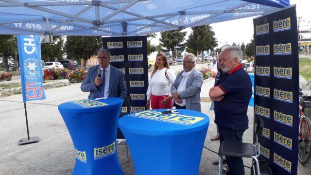 Jean-Pierre Barbier et Michel Baup annoncent le changement d'identité du Rhône-Alpes Isère Tour © Département de l'Isère
