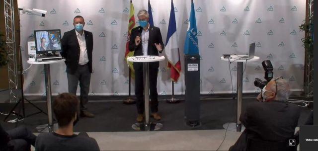 Laurent Wauquiez présentant son plan sanitaire pour les lycées à Lyon