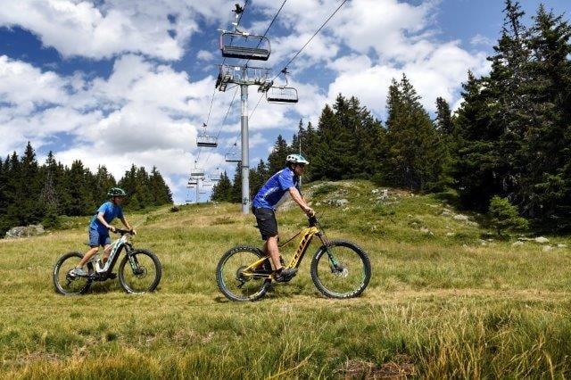 Tourisme de l'Isère : VAE en montagne