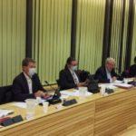 Le maire, Renzo Sulli (au centre), entouré de ses principaux adjoints lors du conseil municipal ce lundi 28 septembre à Echirolles. © Thomas Courtade - Place Gre'net