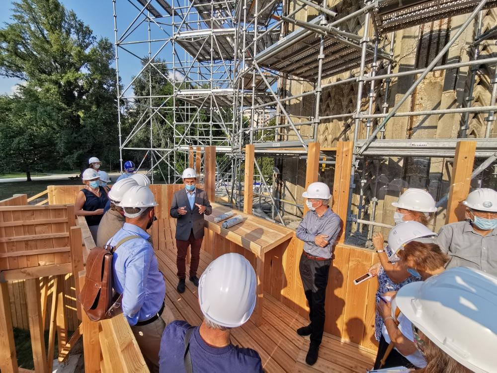 Présentation d'un chantier test de la Tour Perret en septembre 2020... avant que le sommet ne montre des signes de faiblesse © Joël Kermabon - Place Gre'net