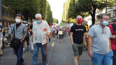 Le port du masque très respecté lors de la rentrée syndicale à Grenoble. © Joël Kermabon - Place Gre'net