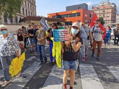 Gilets jaunes : mobilisation de rentrée en berne à Grenoble © Joël Kermabon - Place Gre'net