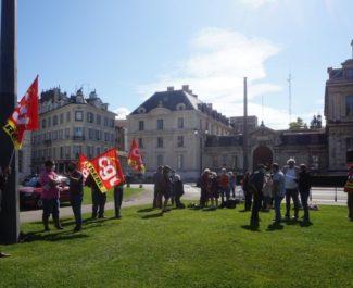 UNERassemblement des militants syndicaux pour la régularisation des sans-papiers