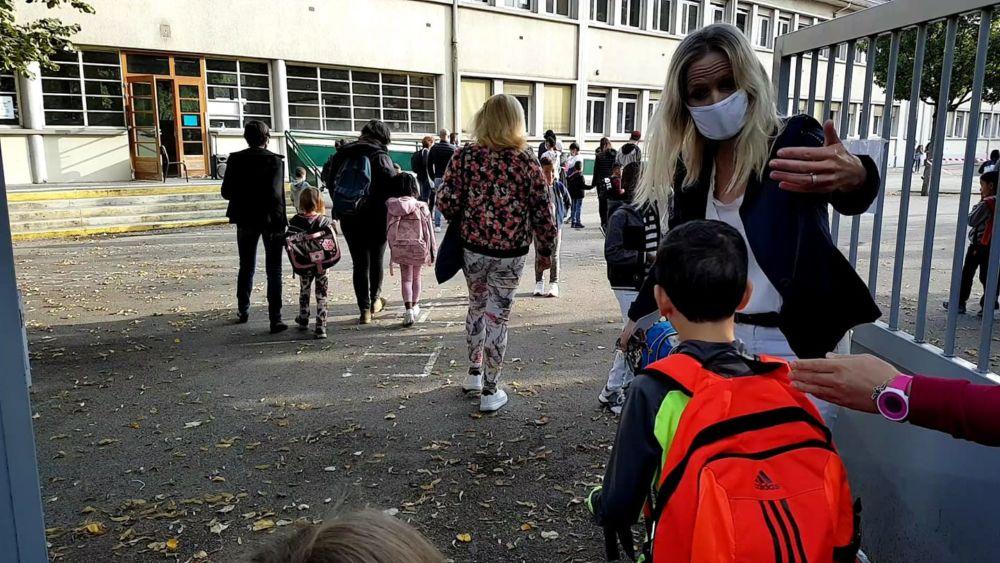 Nouveauté par rapport au confinement de mars et avril: les écoles resteront ouvertes et continueront à accueillir les enfants. © Séverine Cattiaux - Place Gre'net