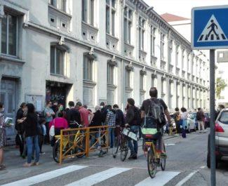 Passage piétons Rentrée scolaire devant l'école Jean Jaurès à Grenoble, mardi 1er septembre 2020. © Paul Turenne -Placegrenet.fr