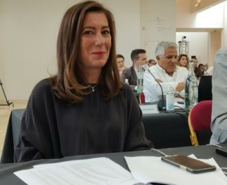 Barbara Schuman prend la présidence de la Mission locale de Grenoble... et de Grenoble Habitat