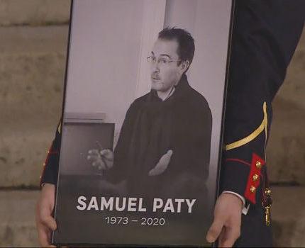 COUV Hommage à la Sorbonne au professeur assassiné, Samuel Paty crédit L'Elysée