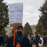COUV Professeur de droit présent au rassemblement en l'hommage de Samuel Paty sur la place Verdun à Grenoble, dimanche 18 octobre 2020 © Séverine Cattiaux – Place Gre'net